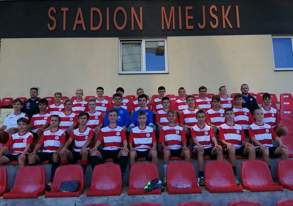 Zespoły Juniorów i Trampkarzy grały w lidze.
